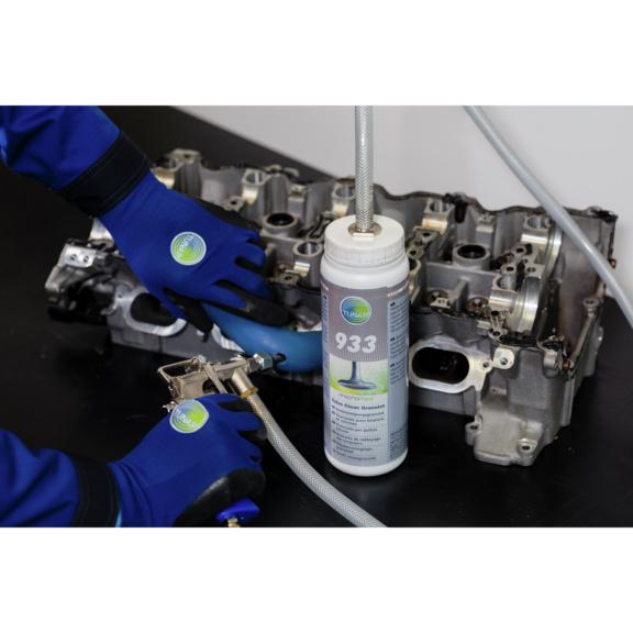 Granulat do czyszczenia kanałów dolotowych oraz zaworów microflex® 933 - czyszczenie