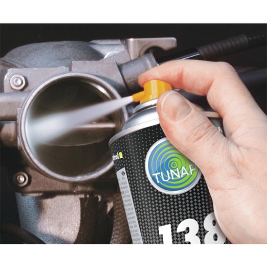 Preparat do czyszczenia przepustnic Professional 138 - aplikacja