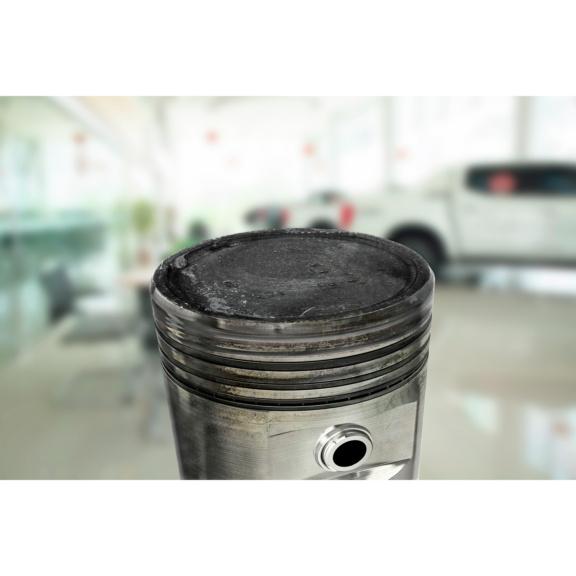 Preparat czyszczący komorę spalania microflex® 978 - przed aplikacją